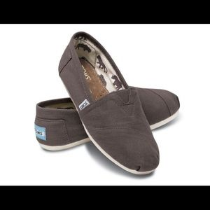TOMS Classic Slip On ASH Grey Canvas Brand New